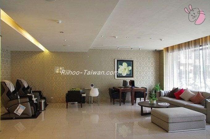 フォワードホテル台北(台北馥華商旅松江館) ロビー右側