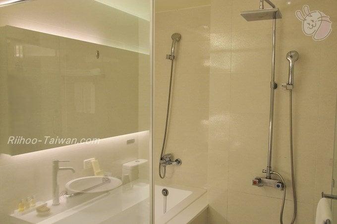 フォワードホテル台北(台北馥華商旅松江館)  バスルーム
