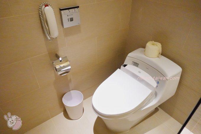 ホテルCOZZI(コッツィ)民生館 ウォシュレット付きトイレ